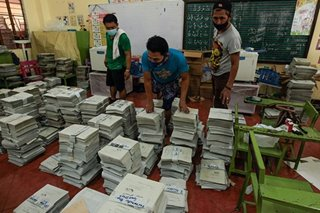 DepEd finishes distribution of learning material for Q1
