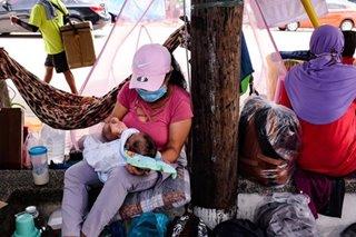 Init, ulan, virus hinaharap: Mga nagkakampo sa 'Libingan' umapelang mapauwi na