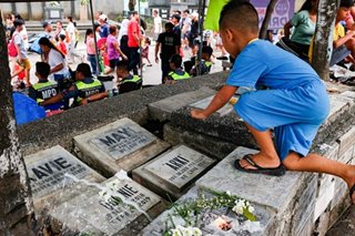 Gov't mulls closure of cemeteries on Undas 2020 as COVID-19 pandemic persists