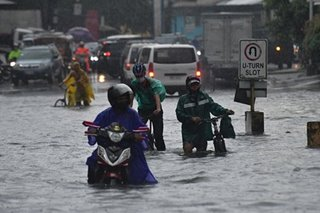 Ofel triggers floods in Philippines, hundreds flee