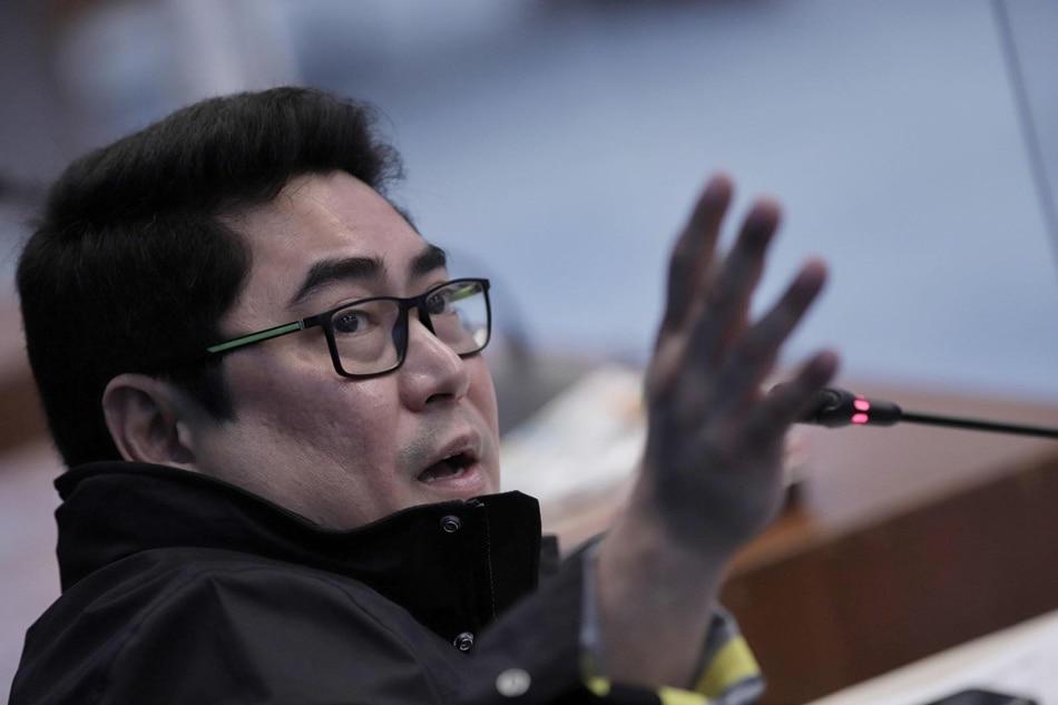 Ex-airport Immigration boss denies masterminding 'pastillas' scheme 1