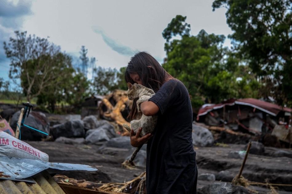 PHOTO ESSAY: Guinobatan buried under the rubble 12