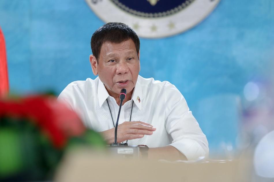 Duterte: 'Kung gusto ninyong magkapera, umalis kayo sa gobyerno' 1