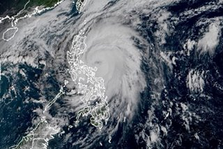 Warnings up as Ulysses nears Luzon
