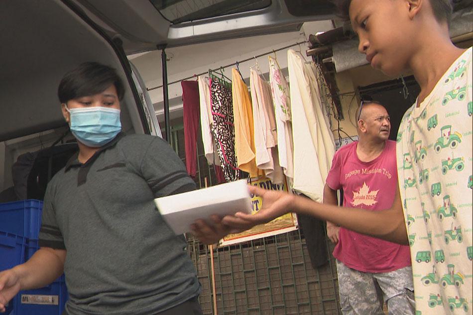 Evacuees sa San Mateo, Rizal dinalhan ng pagkain 1