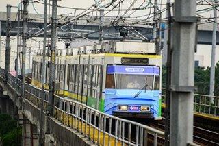 LRT-1 may 'Christmask train' ngayong holiday season