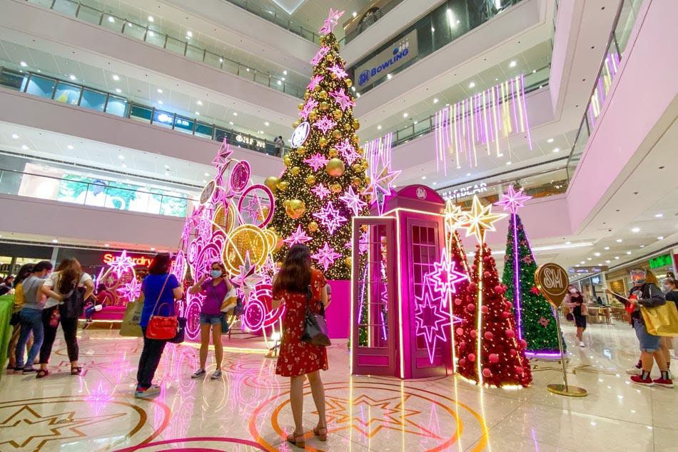 Bringing Christmas cheer amid the pandemic