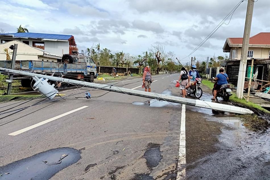 Bicolanos seek alternative energy sources amid post-typhoon brownouts 1