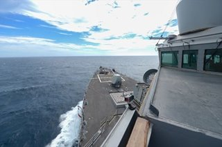 US destroyer crosses Taiwan Strait, risking Chinese anger