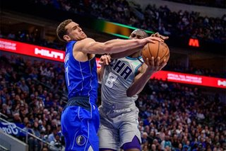 NBA: Hornets rally in 4th, upend Mavs in OT