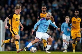 Football: City ease past Vale, United and Wolves stalemate