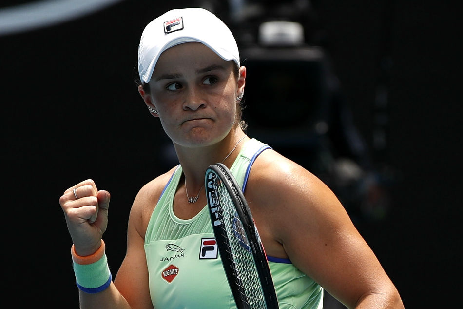 Barty bounces out Hercog to reach third round in Australian Open