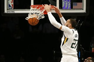 NBA: Jazz cruise to season sweep of Warriors