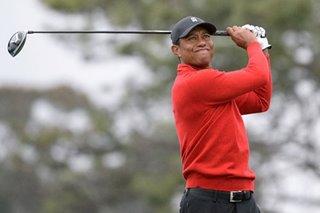 Woods plays final round at Torrey Pines unaware of Kobe Bryant's death