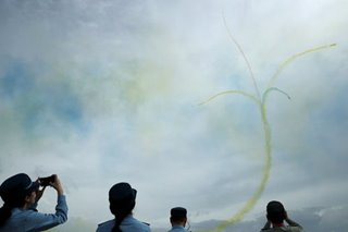 Coronavirus clips wings of Asia's biggest air show