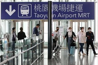 Taiwan bans foreigners in bid to curb spread of COVID-19
