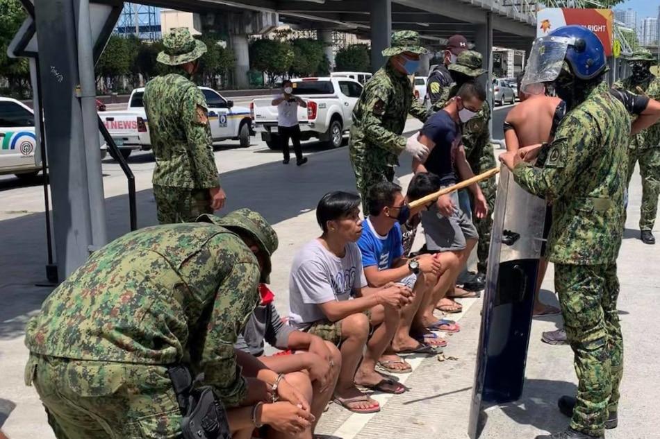 'Will we die hungry?' A teeming Metro Manila slum chafes under lockdown 2