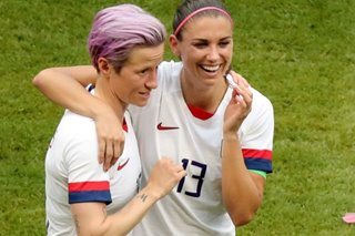 Alex Morgan becomes U.S. national team's newest soccer mom