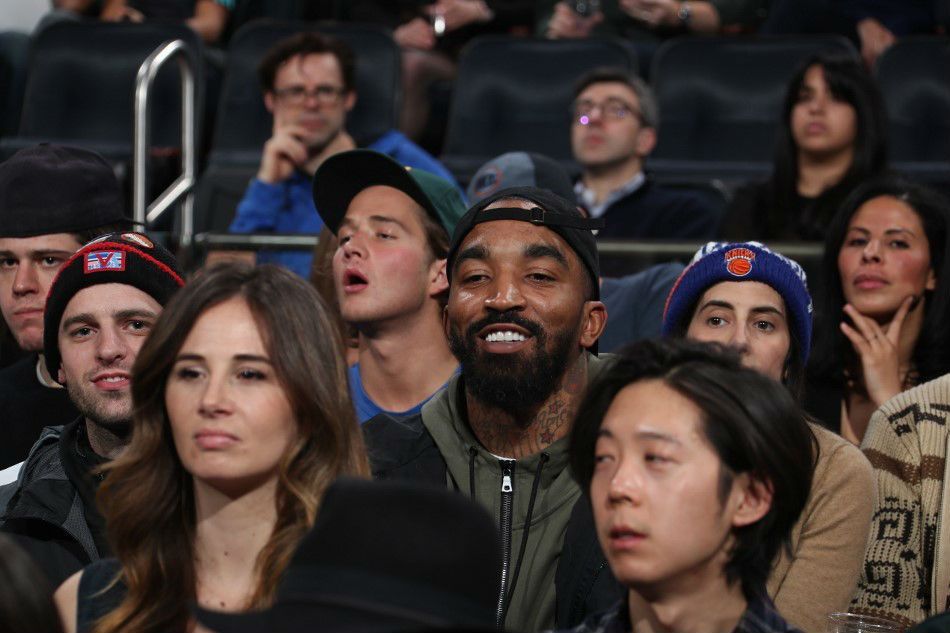 Basketball: Lakers ink JR Smith for NBA restart