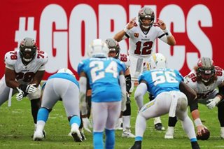 NFL: Brady throws five TDs as Buccaneers rally to beat Chargers