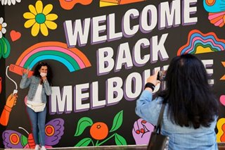 Virus-beating Melbourne enjoys 'big day' reopening
