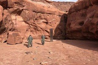 Mysterious 'obelisk' in US desert draws wild theories