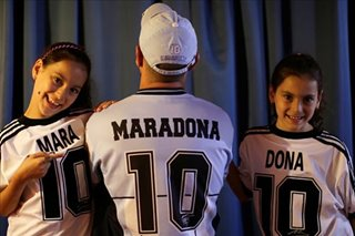 Mara and Dona: Argentine twins living tribute to soccer great