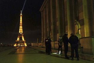 France eases lockdown, imposes curfew as COVID-19 cases remain high
