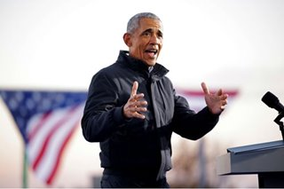 WATCH: Barack Obama casually sinks 3-pointer on campaign trail