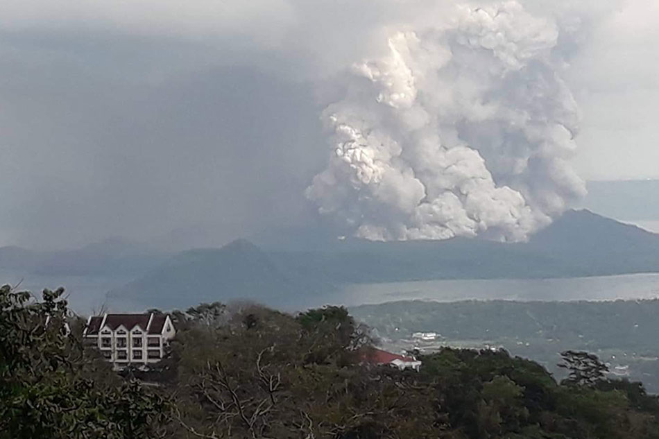 Alert Level 3 raised on Taal Volcano; residents evacuated