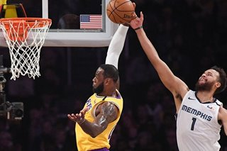 NBA: Lakers hold off Grizzlies' charge for 4th straight win
