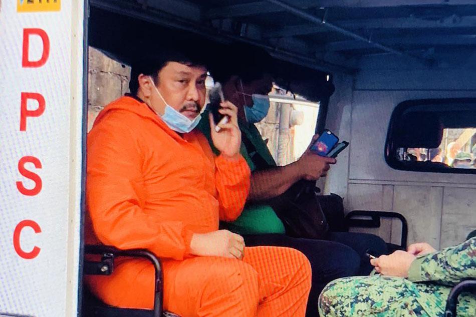 Jinggoy Estrada brought to police station for 'violating' lockdown 1