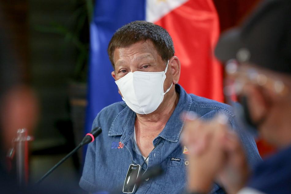 Duterte OKs additional pay for health frontliners braving pandemic 1