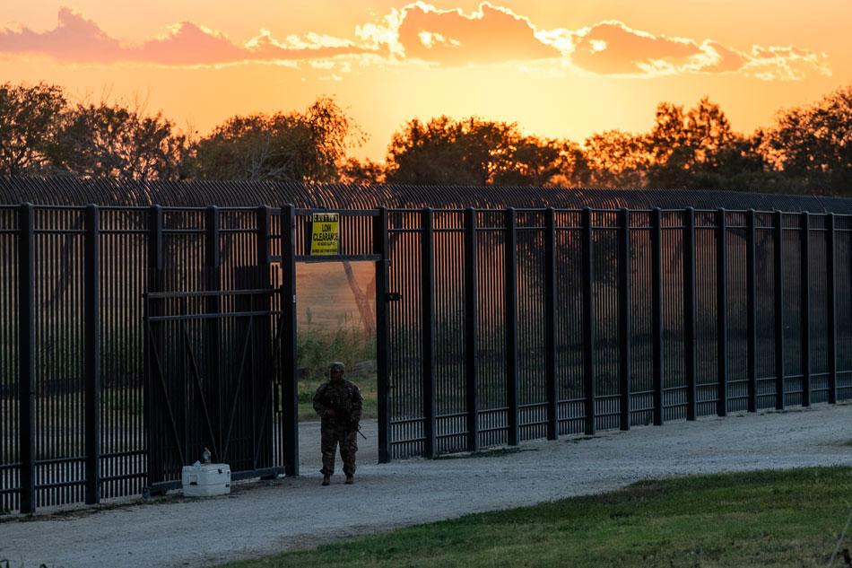 Del Rio, Texas-Mexico border temporarily closed