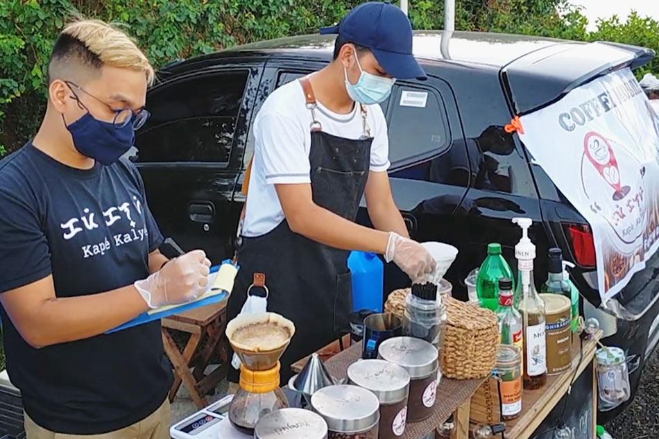'Kape Kalye': Roadside coffee shop ng magkaibigan tampok sa Legazpi City