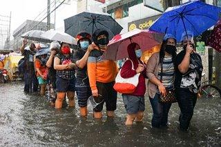 Ilang kalye sa Maynila, Quezon City muling binaha dahil sa malakas na ulan