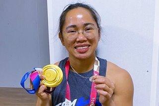 'Miraculous medal': Bishops laud Hidilyn's display of faith in Olympic victory