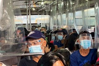 Ilang bus sa QC hinuli dahil sa overloading, paglabag sa health protocol