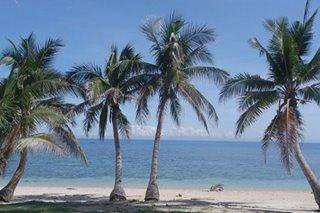 TINGNAN: Beach, mga pasyalan sa Pola na bukas na sa mga turista