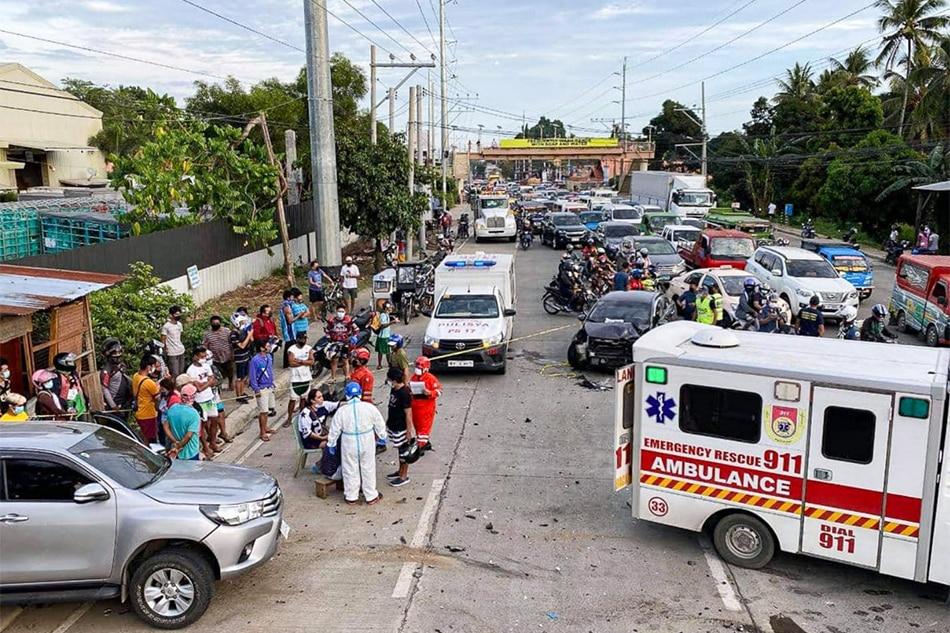 6 sugatan sa karambola ng 3 sasakyan sa Davao City 1