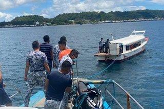 70 pasahero ng nagkaaberyang bangka sa Surigao del Norte, nasagip