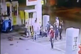 SAPUL SA CCTV: Panggugulpi umano ng QCPD cops sa PDEA agents