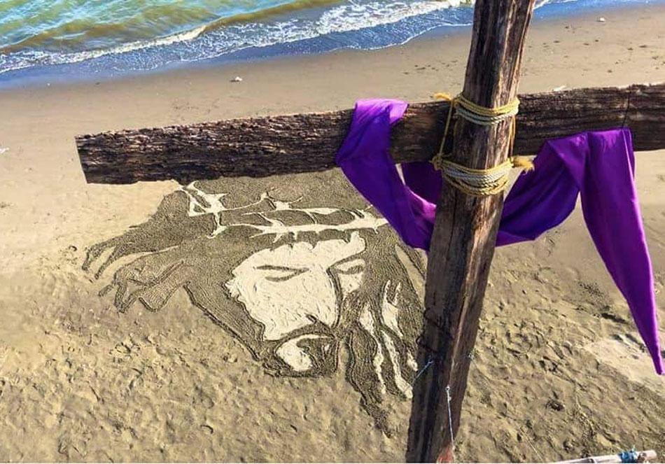 TINGNAN: Sand art ni Hesus sa Iloilo paalala sa sakripisyo Niya ngayong Semana Santa 1