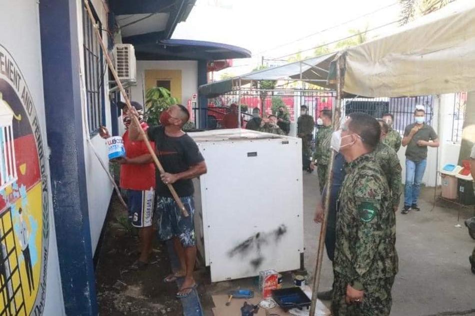 PNP Calabarzon chief nag-surprise inspection sa mga police station 1