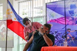 Ilang local officials may agam-agam sa di pag-anunsiyo ng vaccine brand