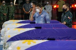 Duterte honors soldiers killed in Sulu crash