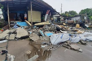 Higit 100 residente inilikas sa Cavite dahil sa malalaking alon