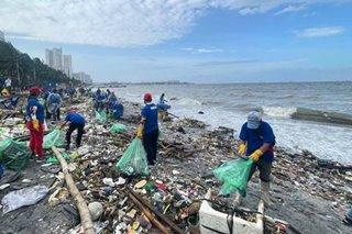 Tone-toneladang basura narekober sa pagbaha sa Metro Manila