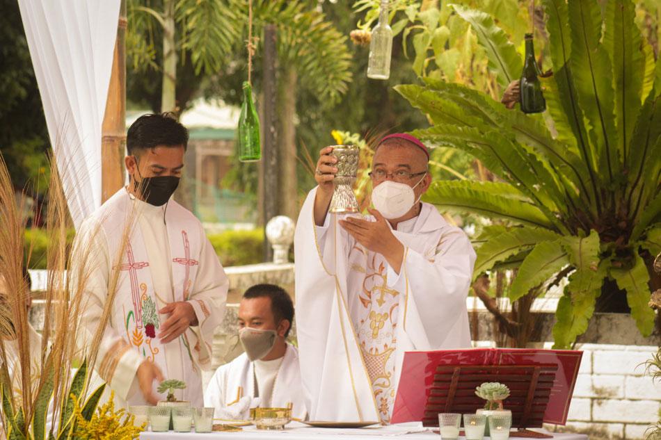 Bishop Gerardo Alminaza. Photo from the Diocese of San Carlos