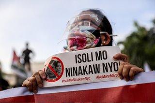 Marcoses told: 'Isauli niyo ang ninakaw niyo'